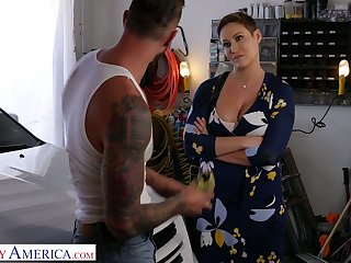 Blood-letting hot milf with big boobs Ryan Keely bangs handsome auto mechanic