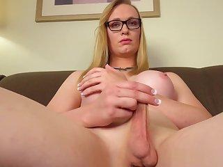 Amateur spex boom box solo rubbing cock
