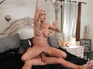 Hardcore experience between the busty matured and say no to step son