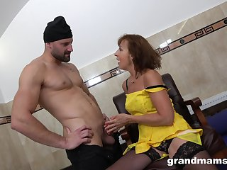 Addicted alongside mating granny hooks up connected with two young strangers