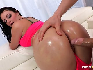 Double penetration threesome by the conjoin with slutty Sophie Dee