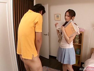 Cute chick Maika Kawanami sucks a dick on dramatize expunge floor. HD video