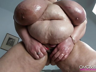 Russian mom with huge tits, belly and heavy pussy