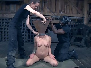 Slutty Nymphet Dupree directed more and humiliated for you to keep in view