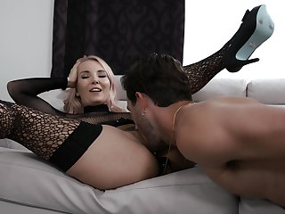 Comely MILF shares handsome nasty moments of deep carnal knowledge with  a difficulty bit son