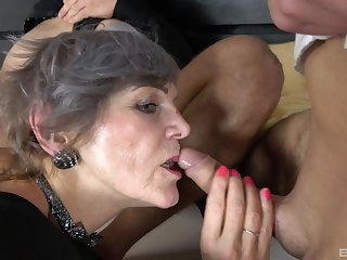 Granny, Mature, Pussy, Shaved pussy