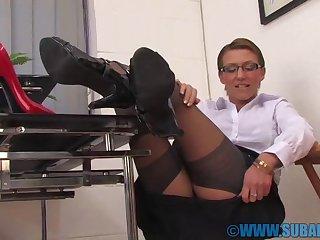 Office cutie Katia-Lee spreads her legs encircling pleasure her pussy